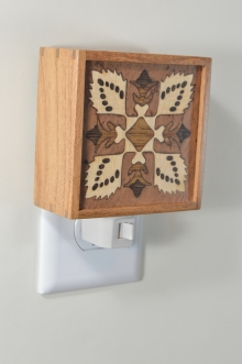 Mesquite nightlight with quilt pattern inlay